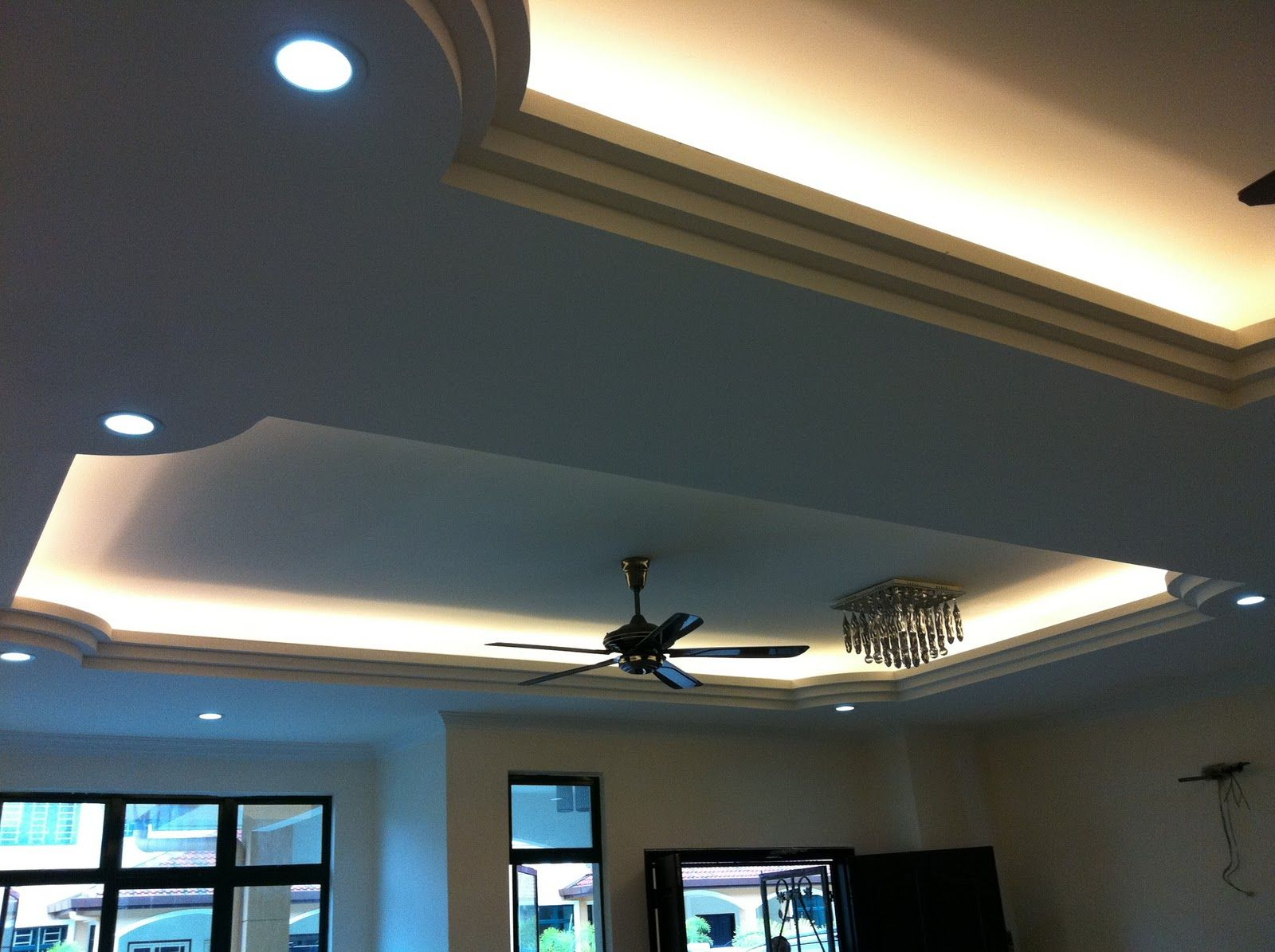 Exquisite amusing ceiling lighting for living room designs for Room design with light