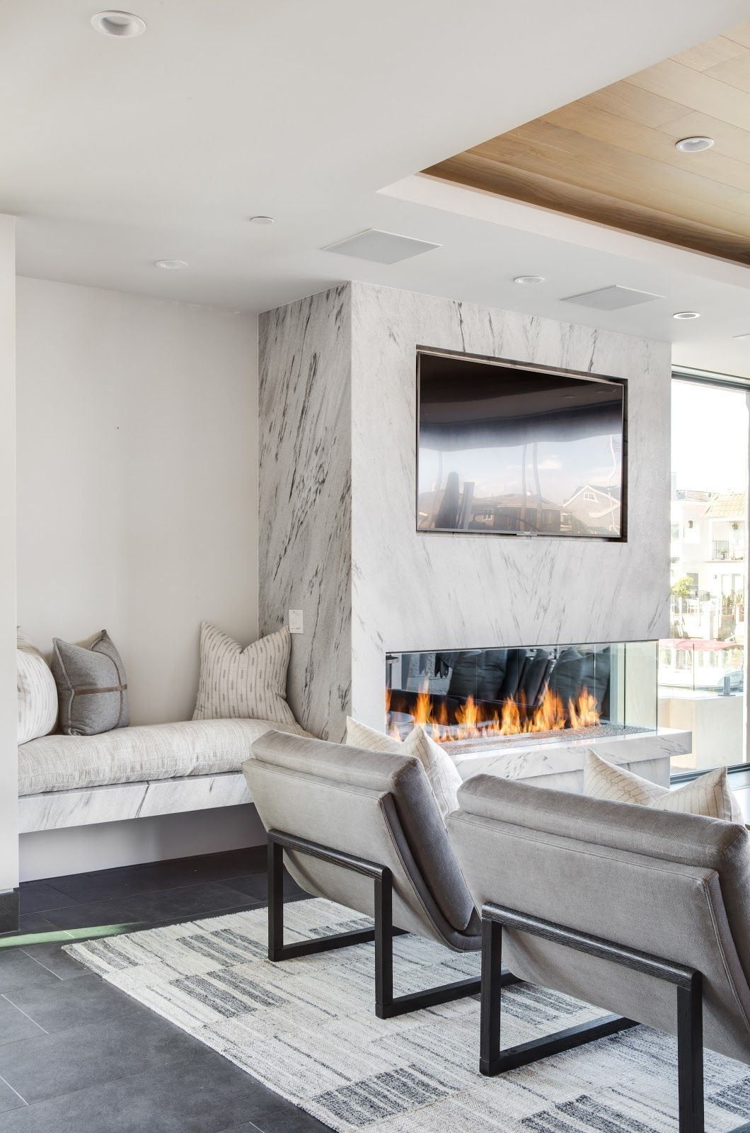 From Backsplash To Hearth This Modern Beach House Is Wrappe