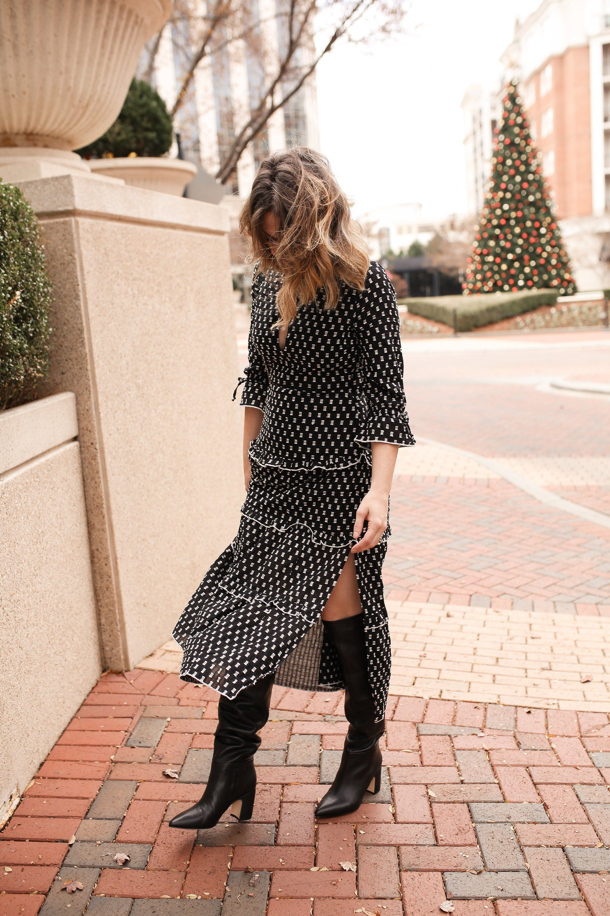knee high boots for dresses