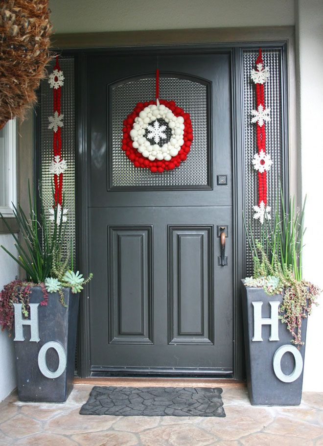 40 front door christmas decorations ideas christmas door decorations front door christmas decorations and christmas entryway