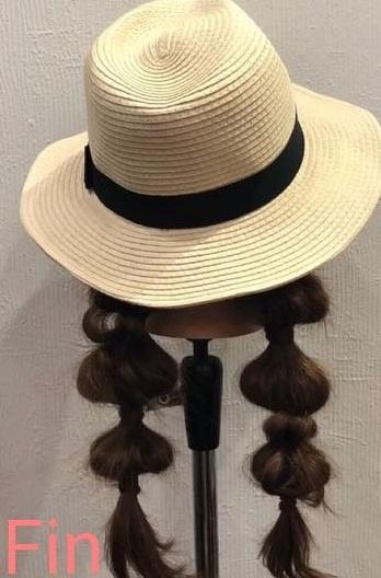 夏をもっと楽しめる 麦わら帽子 ポンポンツインテールアレンジ ヘア