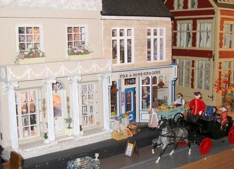 Bond and High Streets | Smallsea: A Metropolis in Miniature