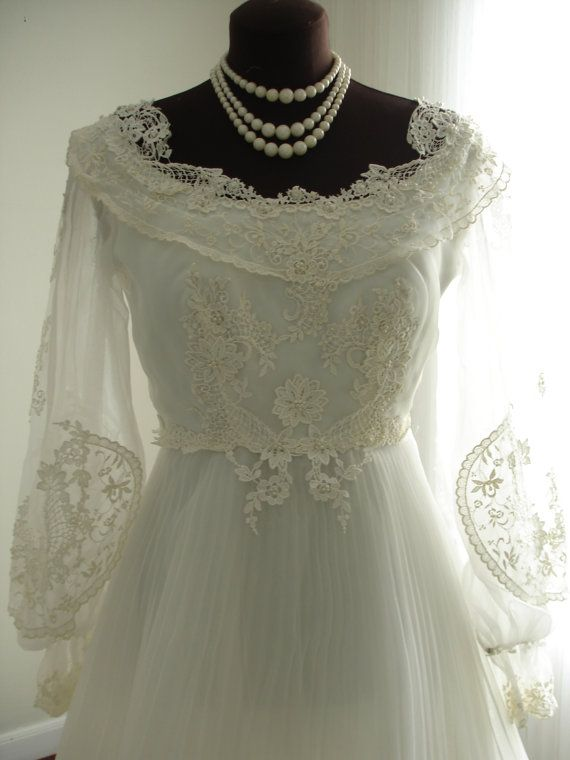 Guipure Lace House of Bianchi Wedding Dress with Full Pleated Plisse ...