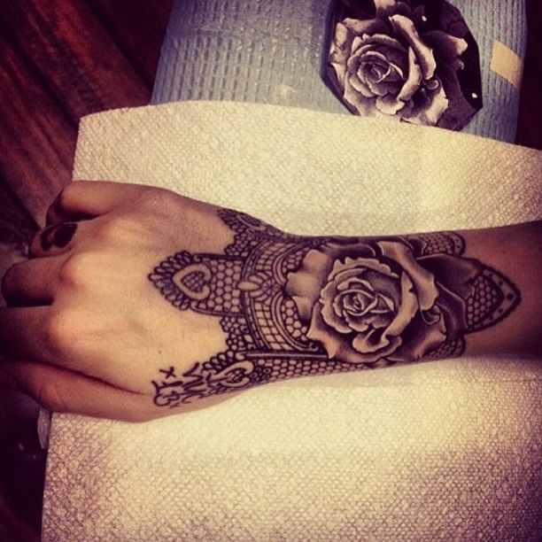 These Hand Tattoos Are So Classy And Gorgeous See For Yourself Cuff Tattoo Lace Tattoo Design Tattoos