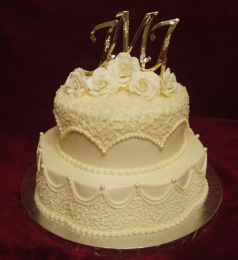 Spice cake with cream cheese filling and lemon pound cake with ...
