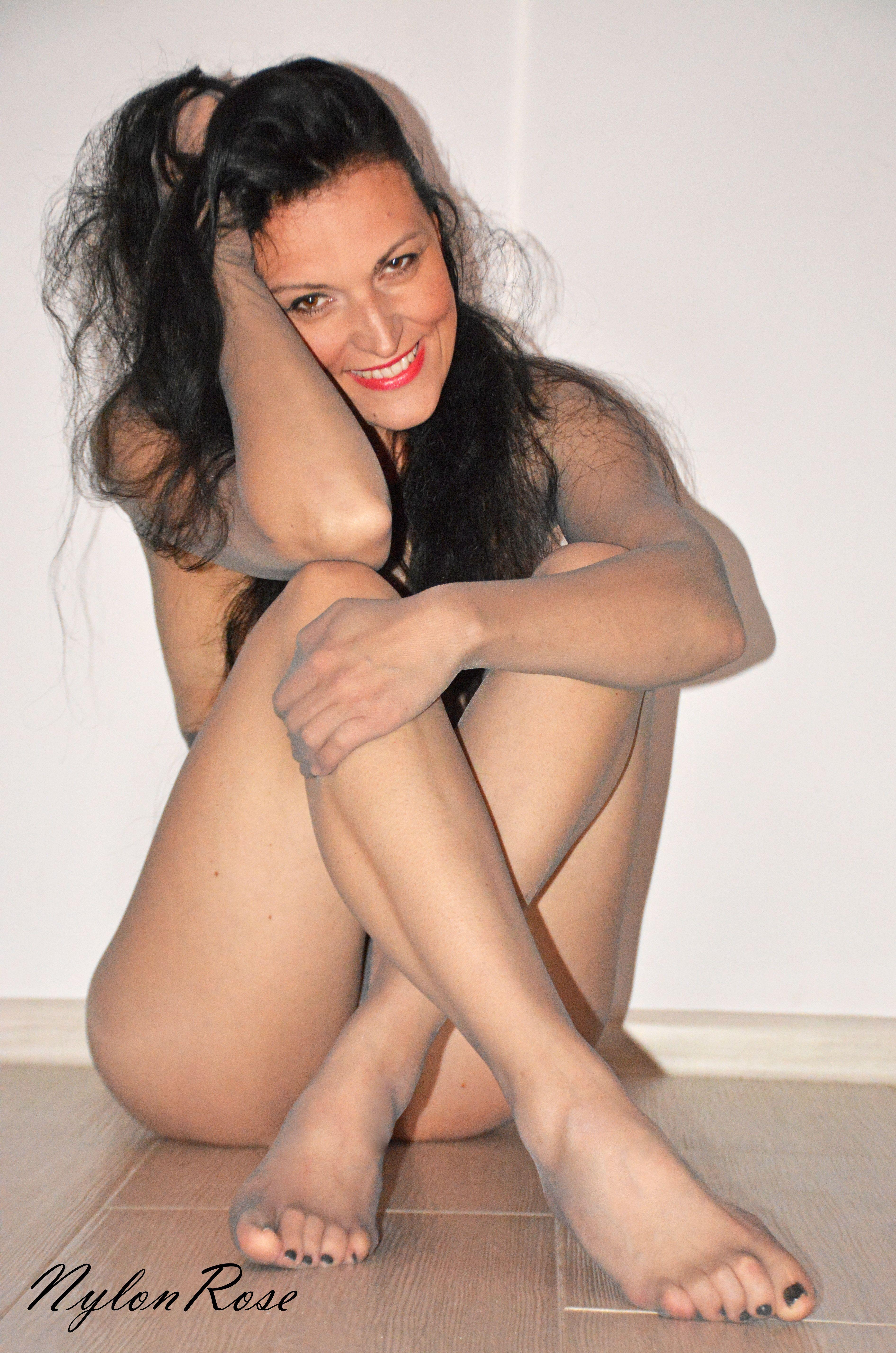encasement pantyhose