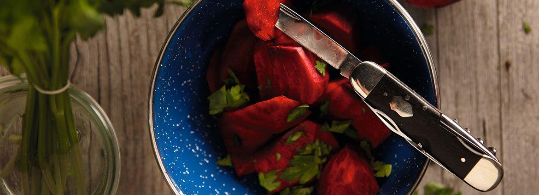 Heldbergs wetzt für euch die Messer. Egal ob in der Küche, Outdoor oder im Alltag. Wir statten euch aus! #Küchenmesser, #Taschenmesser, #Outdoormesser, #Kochmesser, #Oliveholzmesser, #Pilzmesser