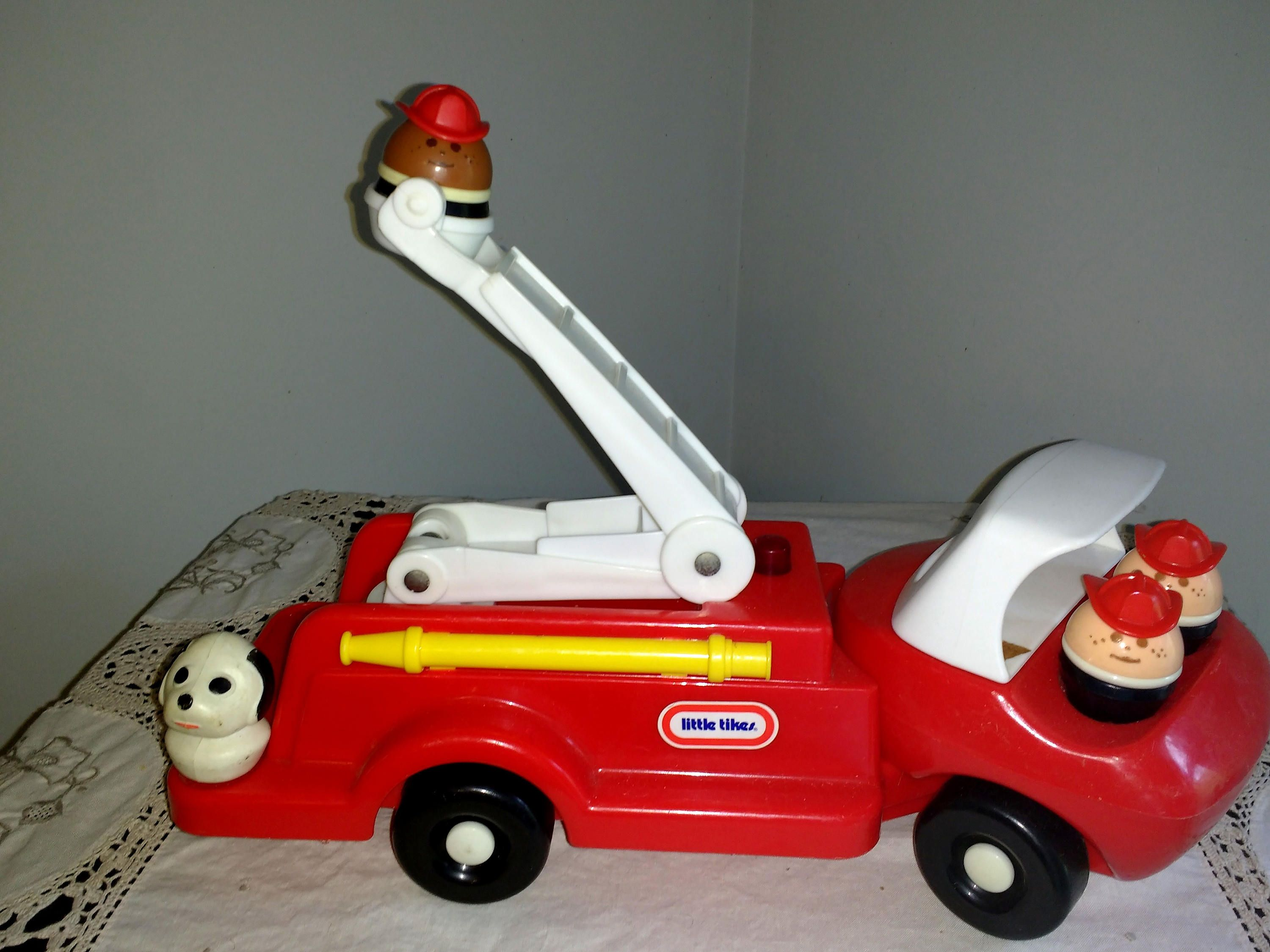 Lot Vintage Little Tikes Toddle Tots 1980S Fire Truck With