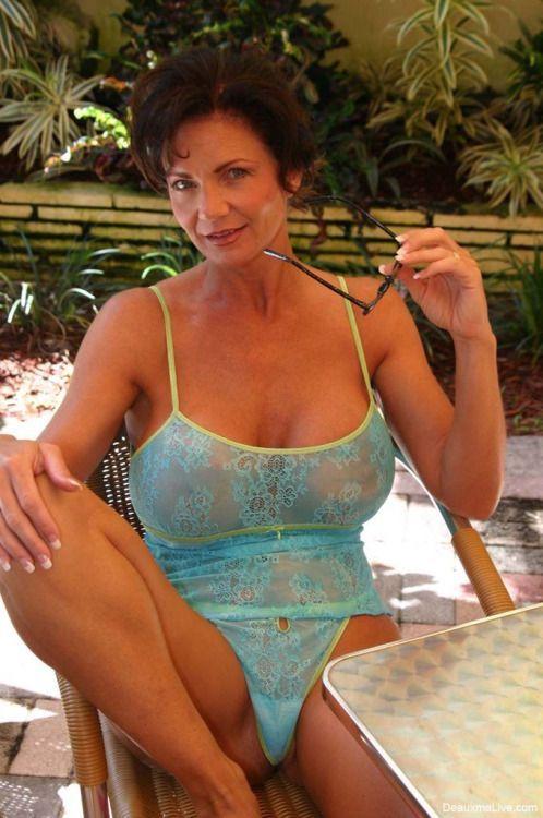 nude cougars brazil  escort