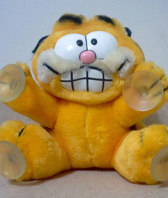 1981 Quot Stuck On You Quot Plush Suction Cup Garfield Garfield Dolls Garfield Stuffed Animal Car Childhood Memories My Childhood Memories Childhood Toys