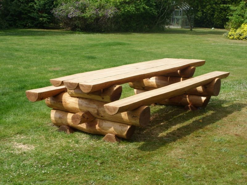 Handcrafted Log Chunky Picnic Table   Handmade In The UK Using British  Western Red Cedar.