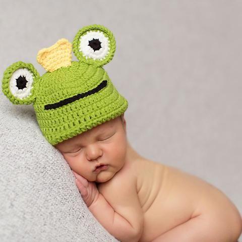 Baby Froggy Prince Hand Knit Crochet Baby Boy Hat  4fefa0282a95