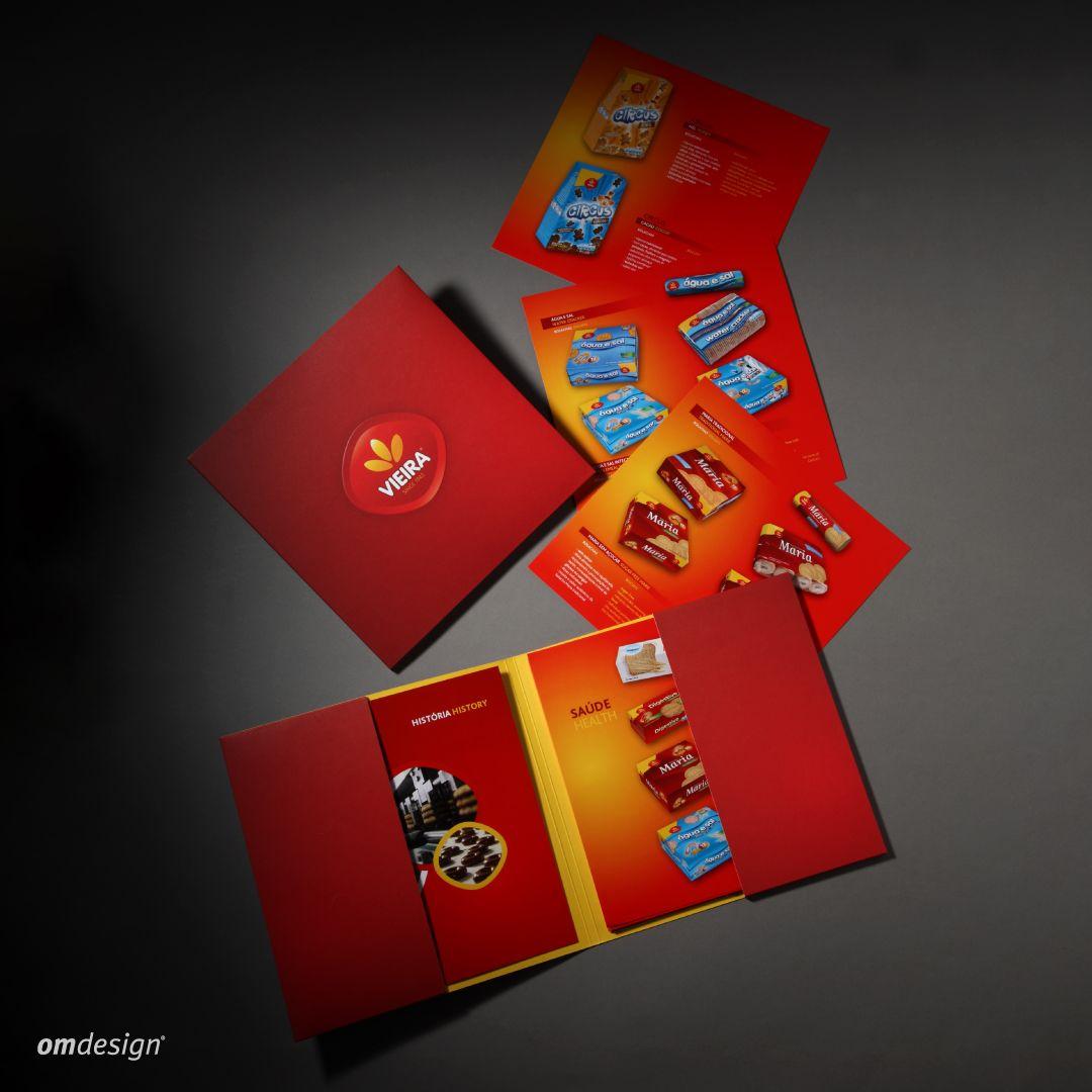 Catálogo de produtos Vieira (2009)   #Omdesign #Design #Portugal #LeçadaPalmeira #Since1998 #AwardedAgency #DesignAwards #Vieira #VieiradeCastro #Bolachas #Biscuits #Amêndoas #Almonds #Rebuçados #Sweets #FamalicaoMadeIn #PortugalFoods