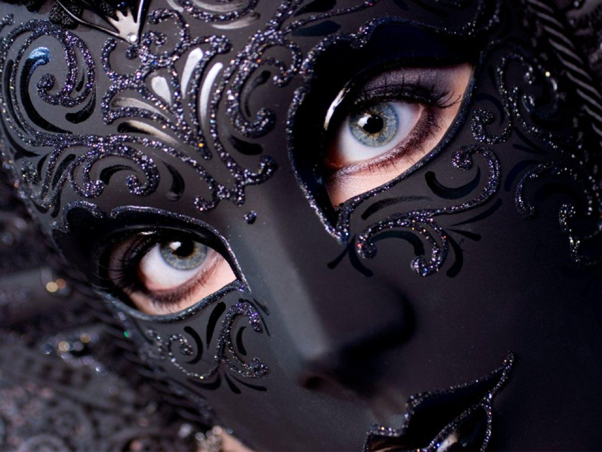 Pin By Lisa Dang On Fashion Black Masquerade Mask Masks Masquerade Photo Mask