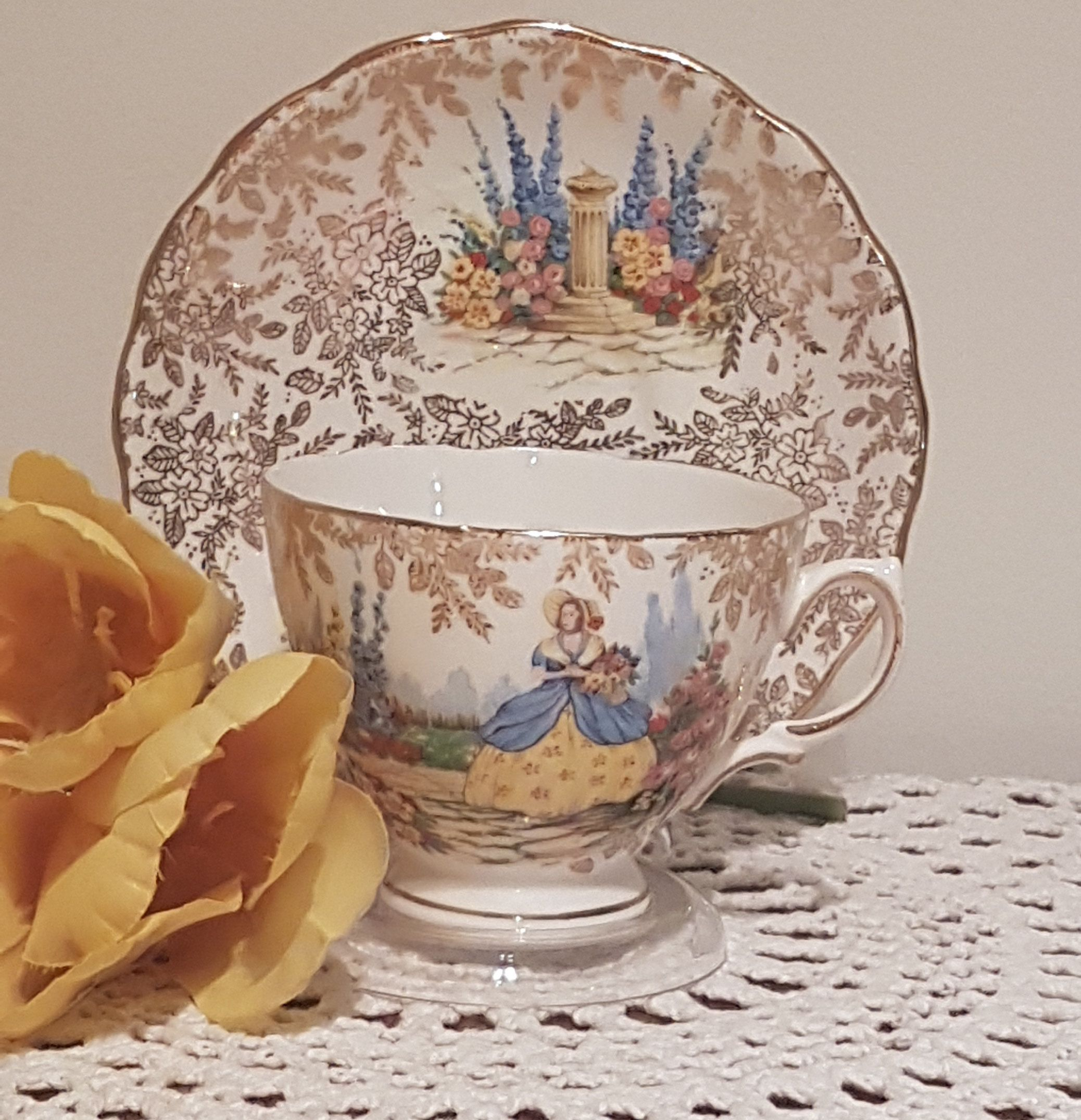 Colclough Bone China Pattern 6780 Lady In Yellow Blue Garden Gold Chintz Tea Cup Duo Free Shipping Bone China Tea Cups Tea Cups Tea Cups Vintage