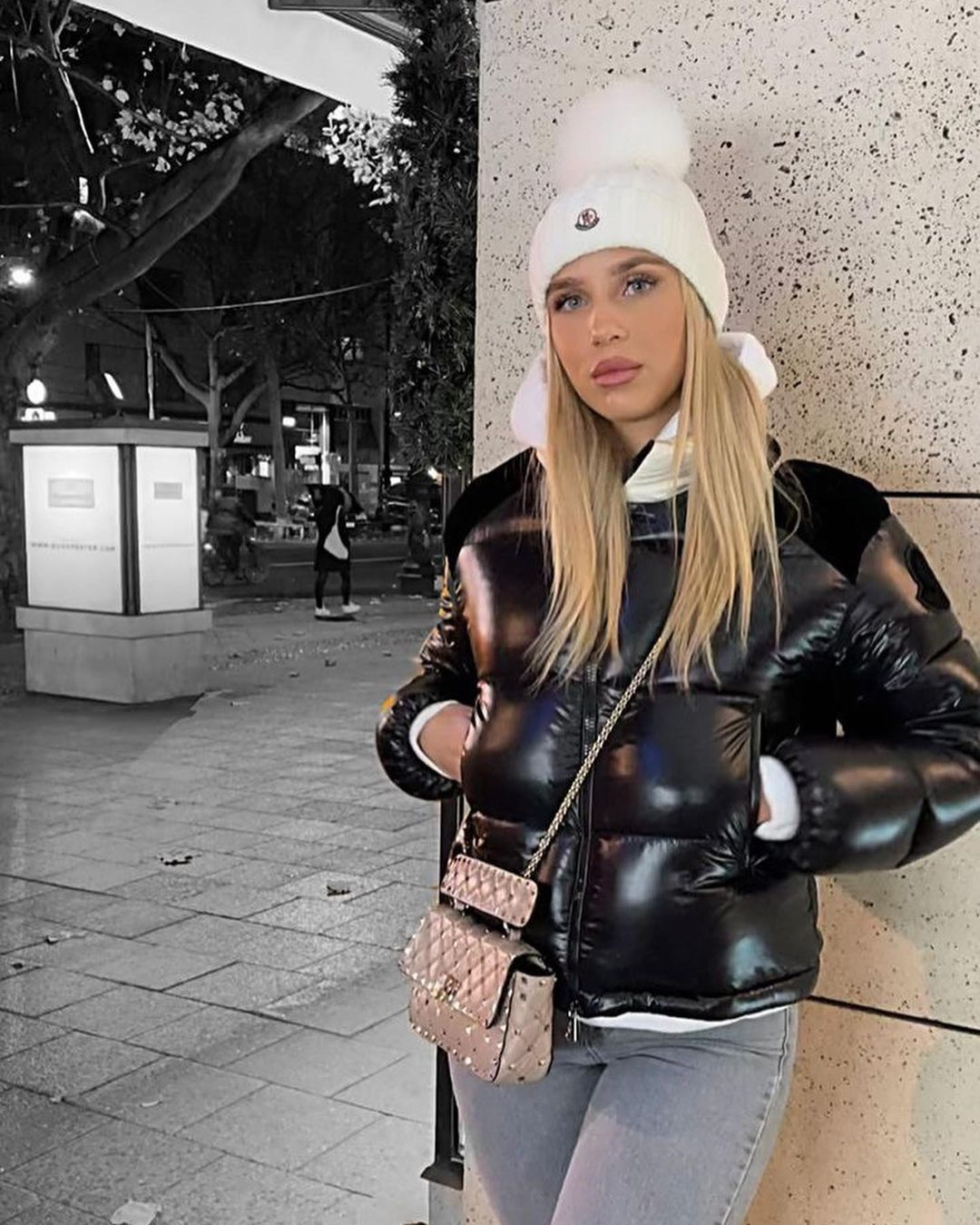 Downjackett S Instagram Post The Beautiful Talkkaafashion In Her Moncler Jacket In 2021 Moncler Jacket Women Puffer Jacket Women Jackets [ 1349 x 1080 Pixel ]