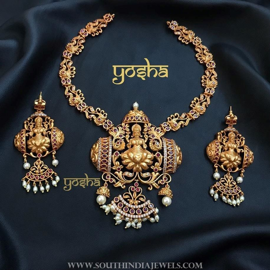 Traditional temple necklace set