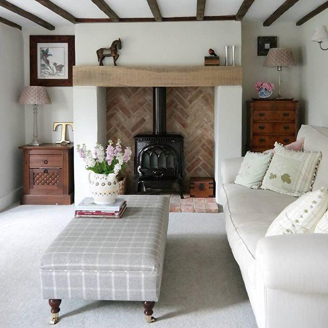 Buon pomeriggio oggi entriamo nello splendido for Piani casa inglese cottage