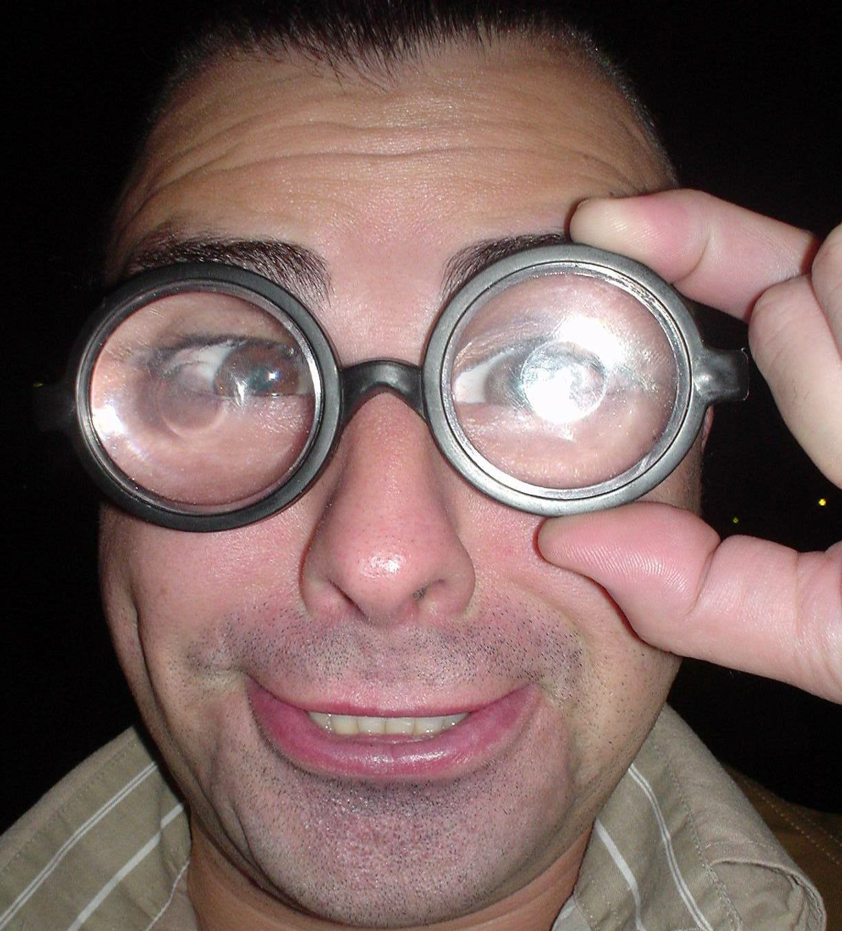 Pepo Bosser glasses