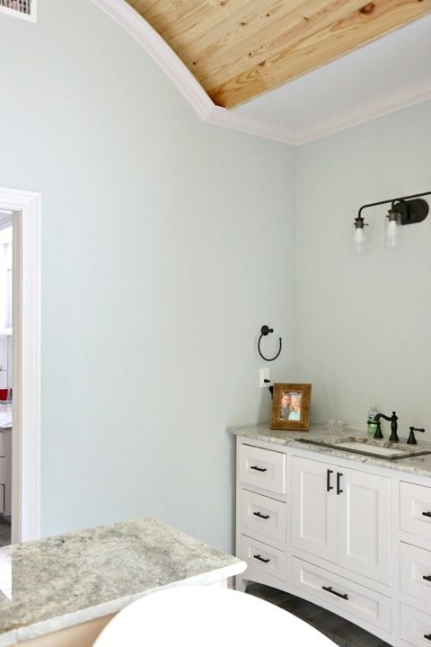 tips for choosing whole home paint color scheme paint colors paint colors for home bathroom. Black Bedroom Furniture Sets. Home Design Ideas