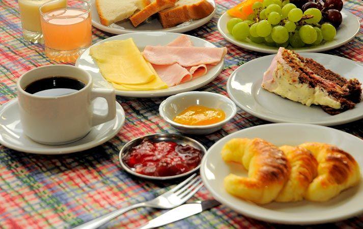 Domingo En La Mañana Con La Familia Desayuno Snacks Saludables Alimentos