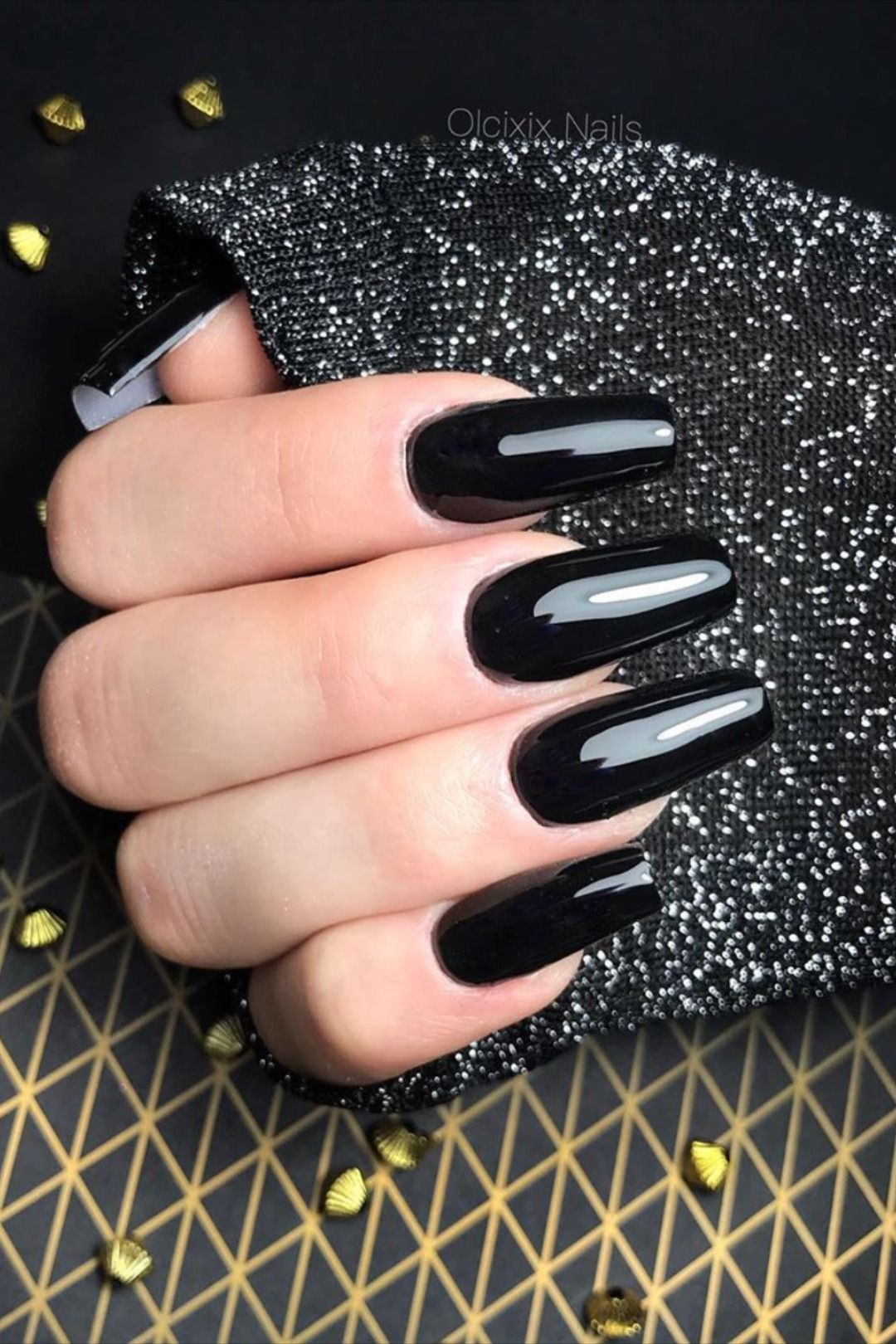 The Most Beautiful Black Winter Nails Ideas Stylish Belles In 2020 Gold Nail Designs Best Acrylic Nails Silver Glitter Nails