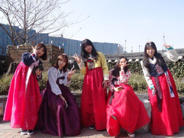 My Top 5 Photographs: Jeonju (Korea).  #Jeonju #Korea #Korean  #Hanbok #HanokMaeul #JeondongCatholicChurch #JeonjuRiver #photography #photographer #travelblogger #travelwriter #travel #leightonliterature