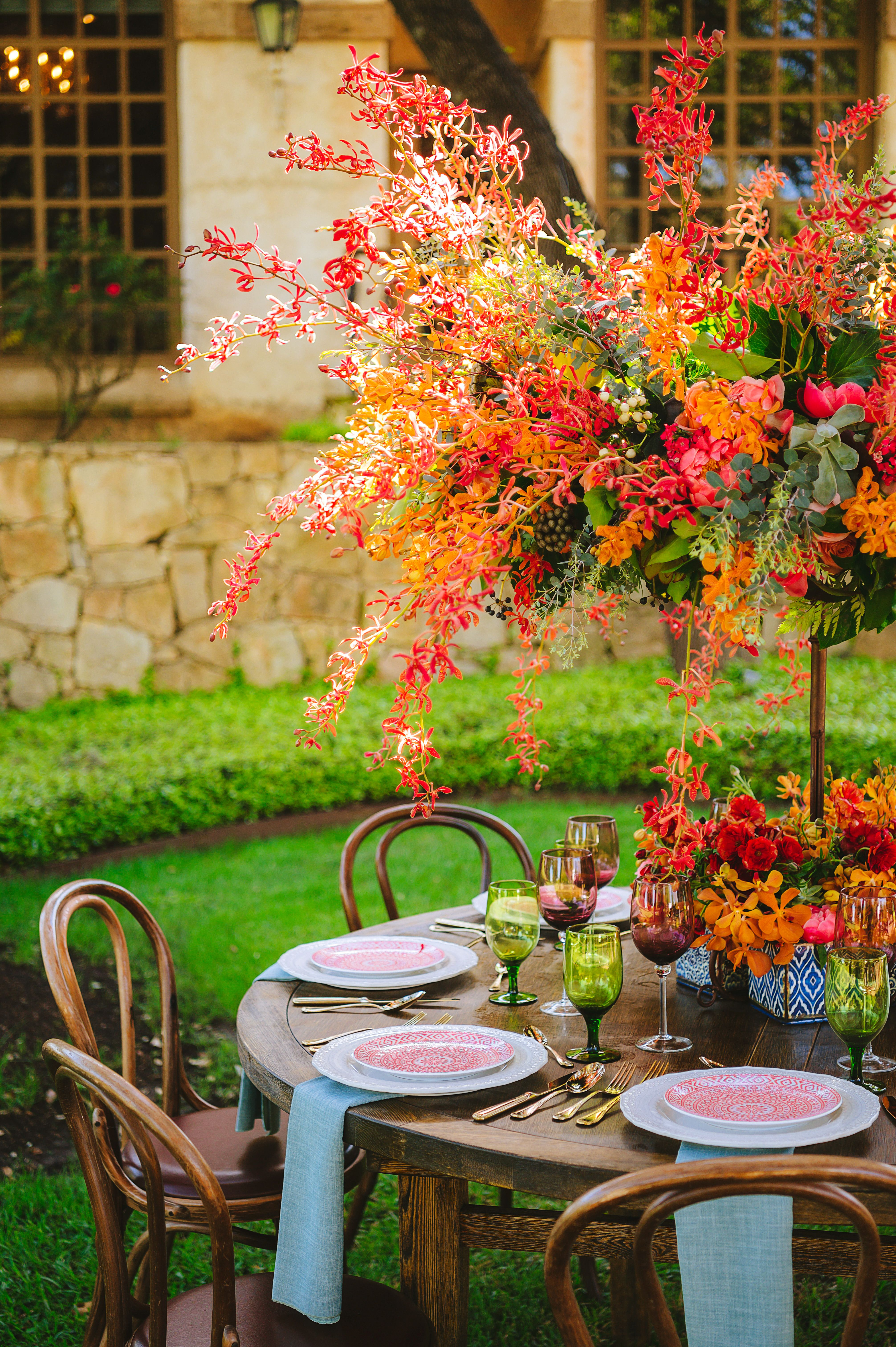 Pink And Orange Wedding Table Decor Inspiration Florals Flair Floral Decor And Rentals In 2020 Gorgeous Centerpieces Wedding Table Decorations Table Decorations