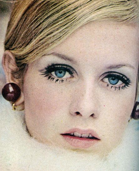 Twiggy - I always wanted her eyelashes. Such a pretty face.