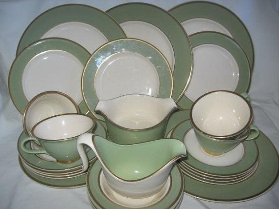 Taylor Smith Taylor Heritage Celadon Green China With Gold Trim White Center/Taylor Smith Taylor & Taylor Smith Taylor Heritage Celadon Green China With Gold Trim ...