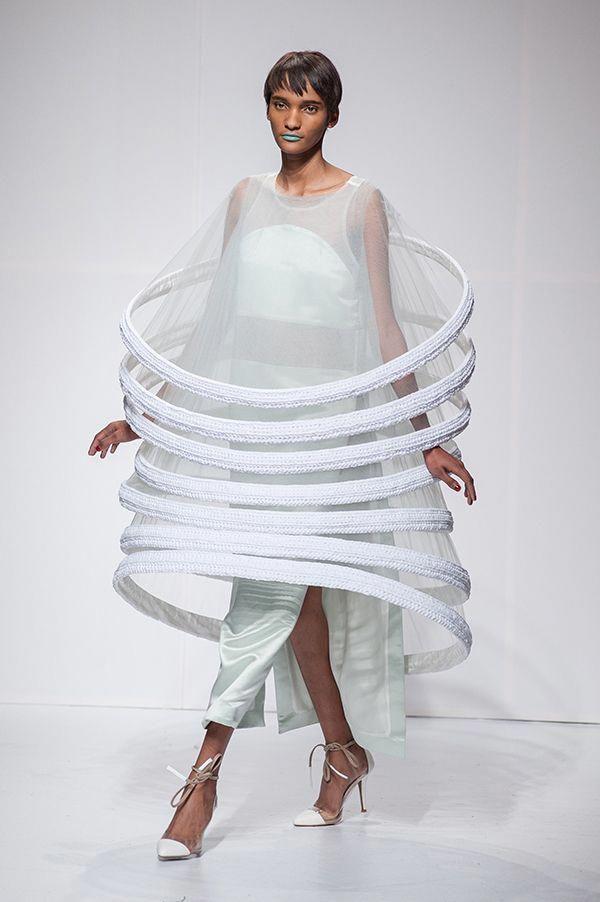 Sculptural Fashion -  encircling ring dress; conceptual fashion design; wearable art // Juliana Horner #fashiondesigners #wearableart