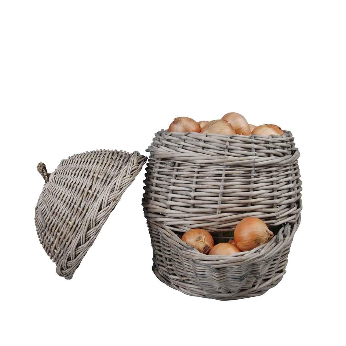 panier en osier oignons ou pommes de terre home. Black Bedroom Furniture Sets. Home Design Ideas