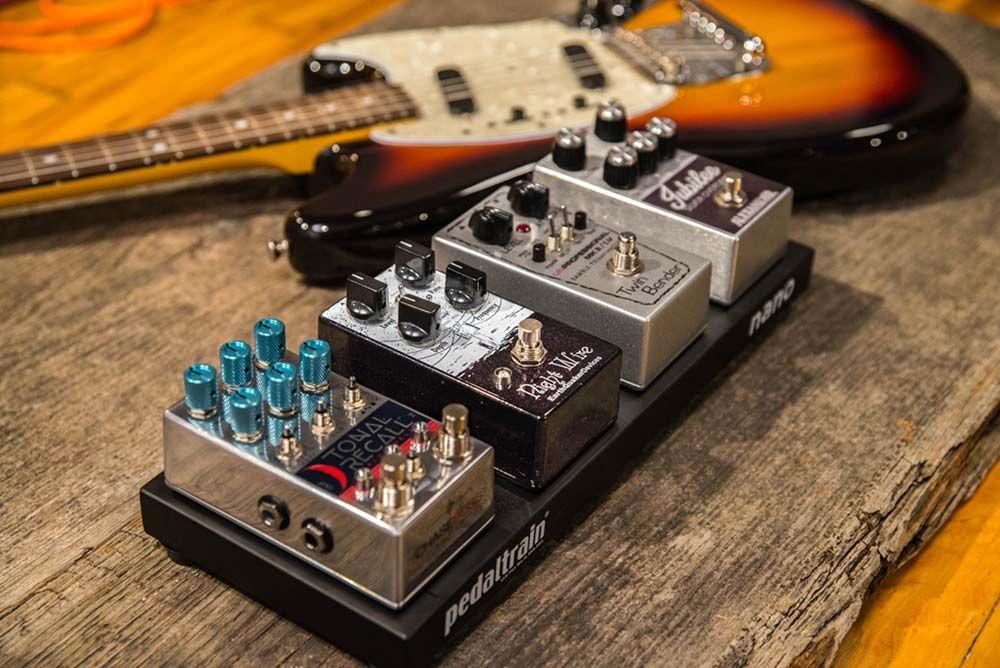 Pedaltrain Nano Micro Pedalboard Guitar Effects Guitar Pedals Guitar Pedal Boards Pedalboard