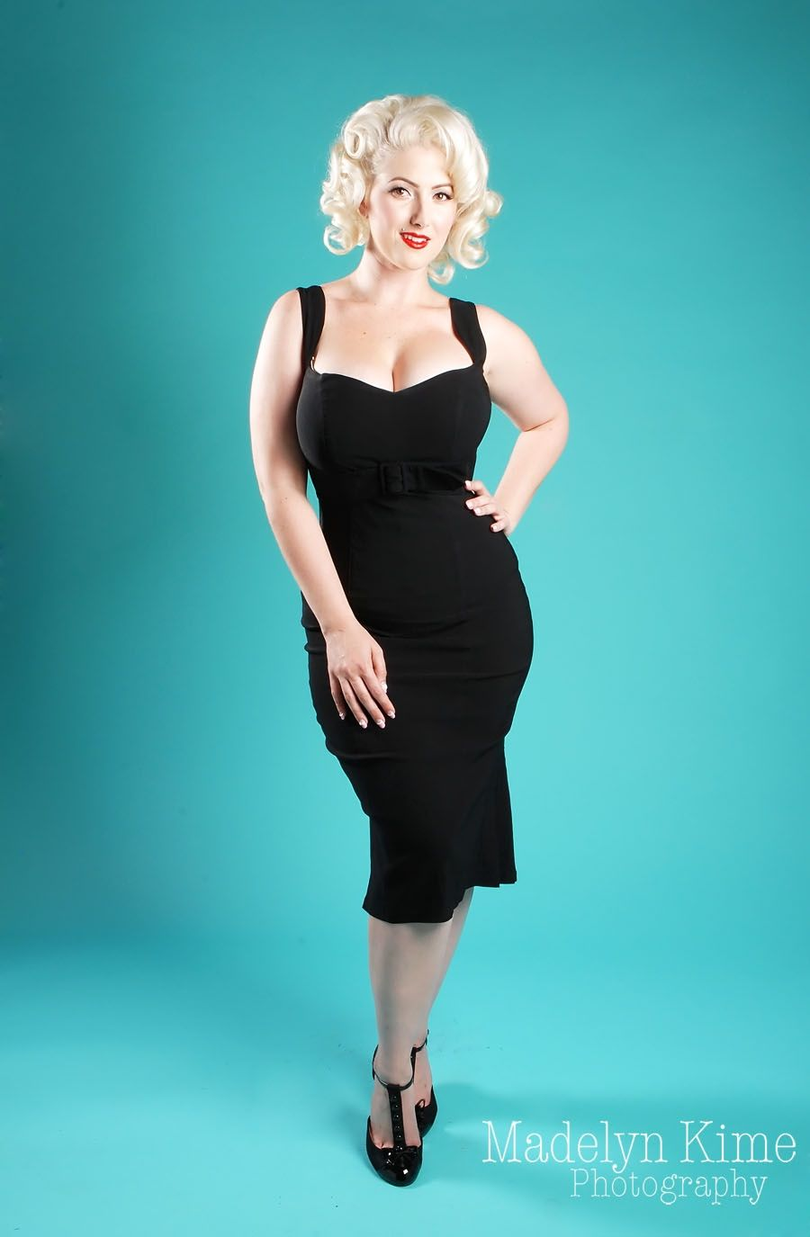 Jessica Dress in Bombshell Black   Wiggle dress, Pinup couture and ...