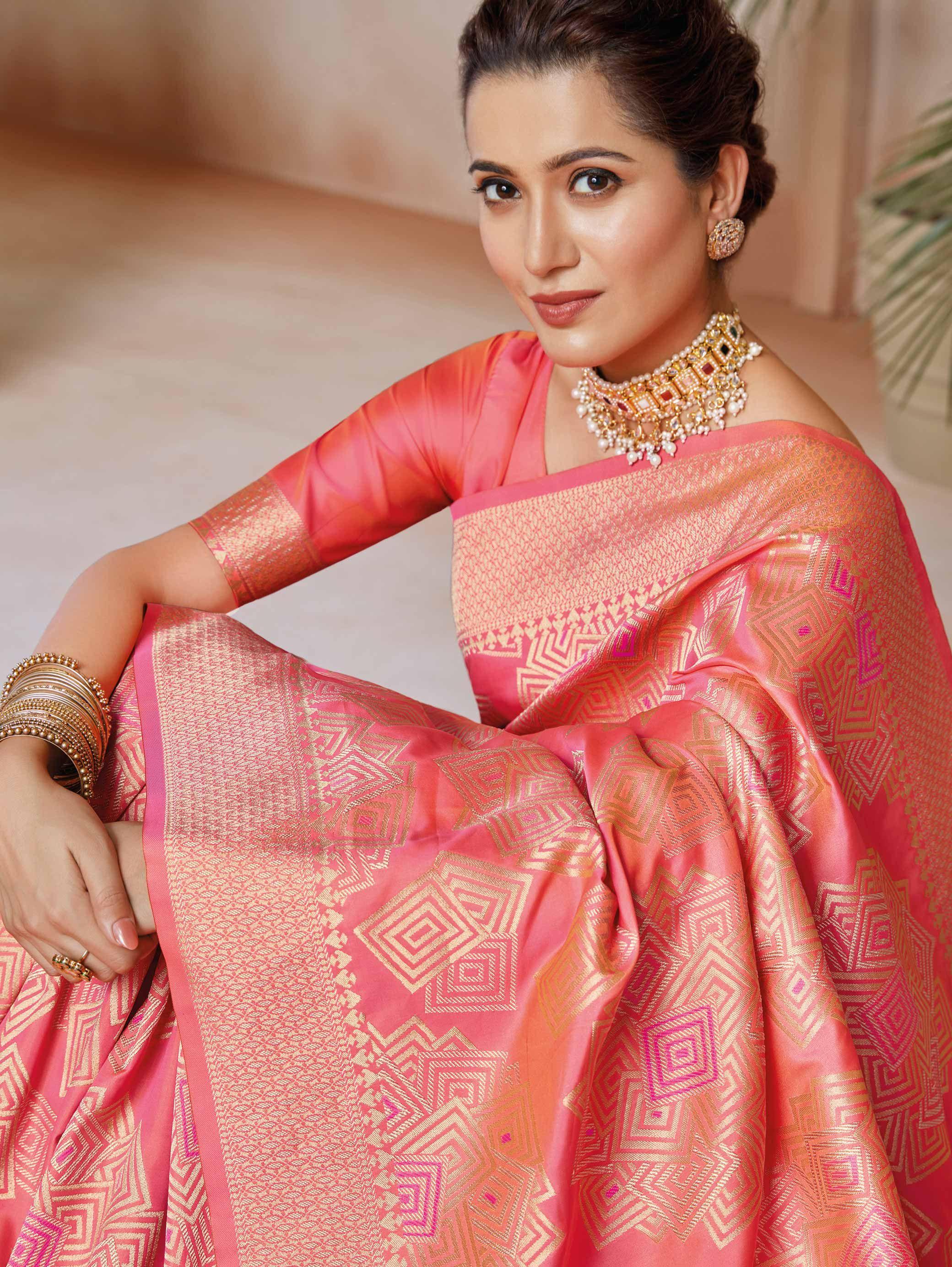 Red saree Soft silk with beautiful pure Gold zari weaving saree and blouse for women,wedding saree,indian saree,traditional saree,saris
