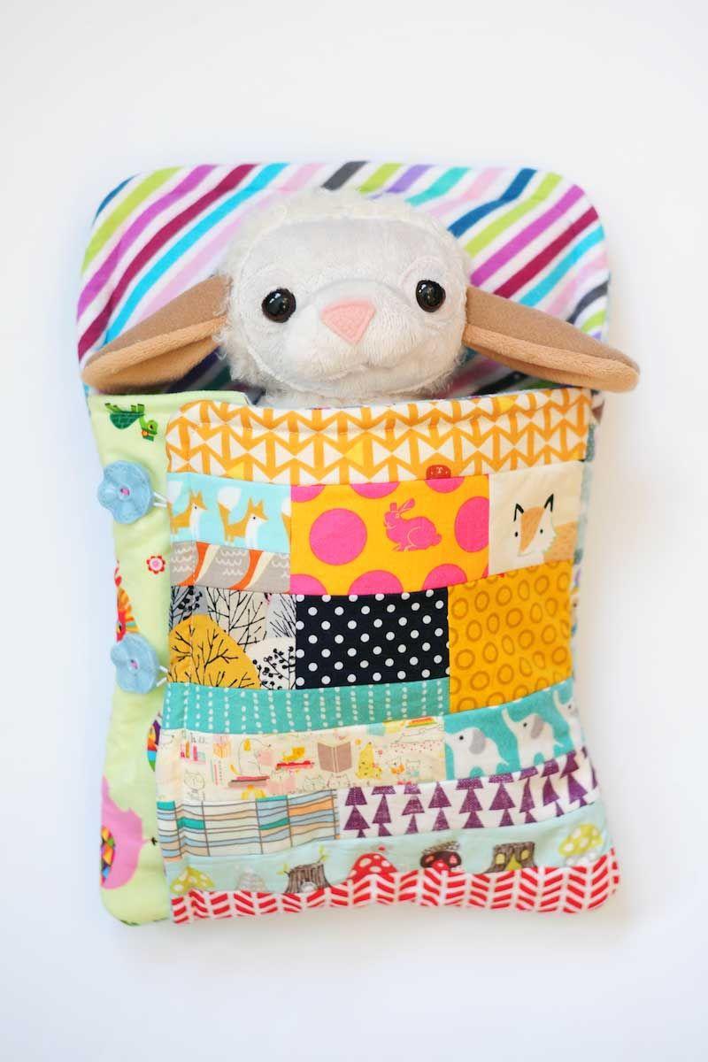 Softie Sleeping Bag Tutorial | Nähideen, Kinderspielzeug und Stoffreste