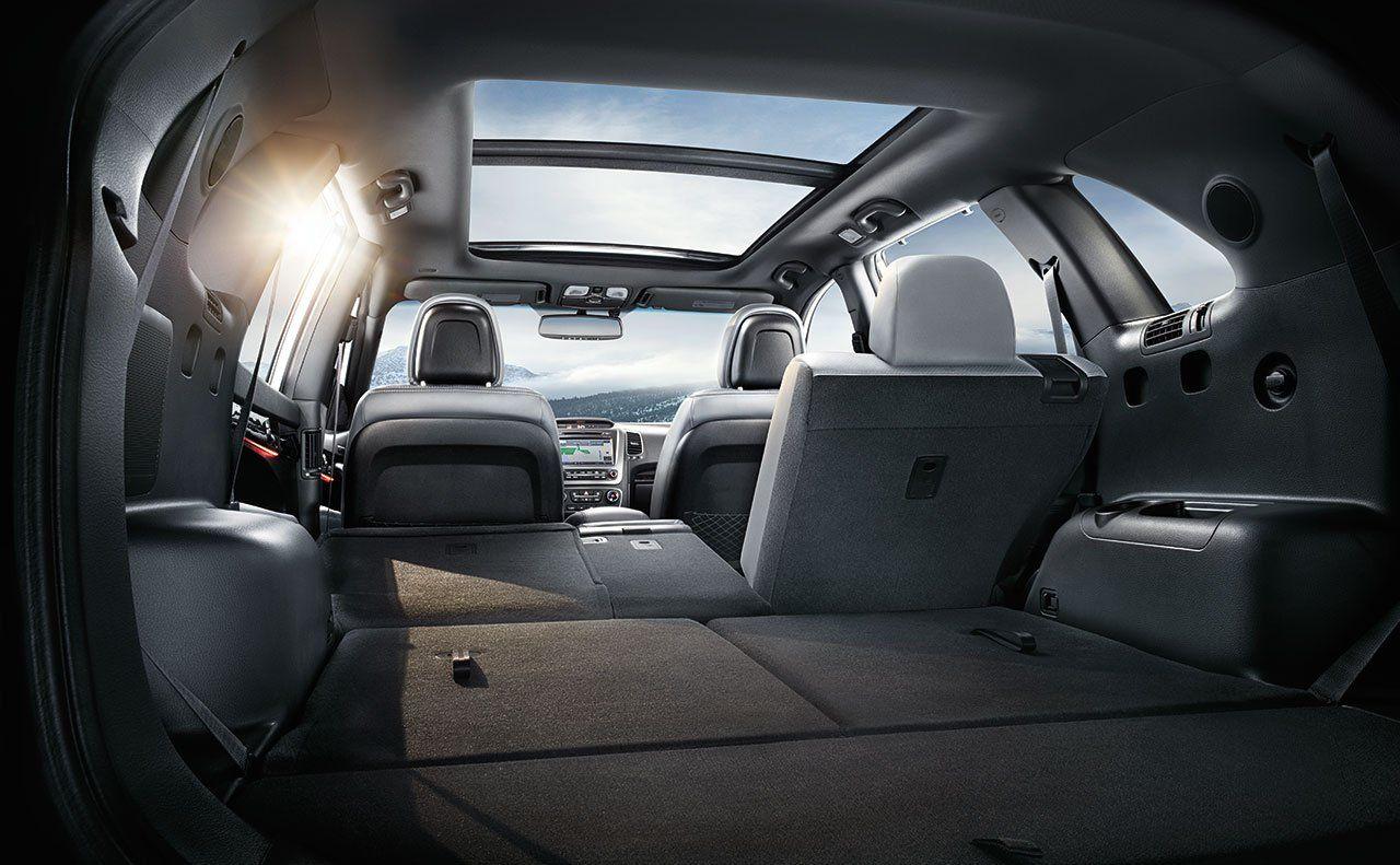 kia car practical sorento b drive first review motoring reviews