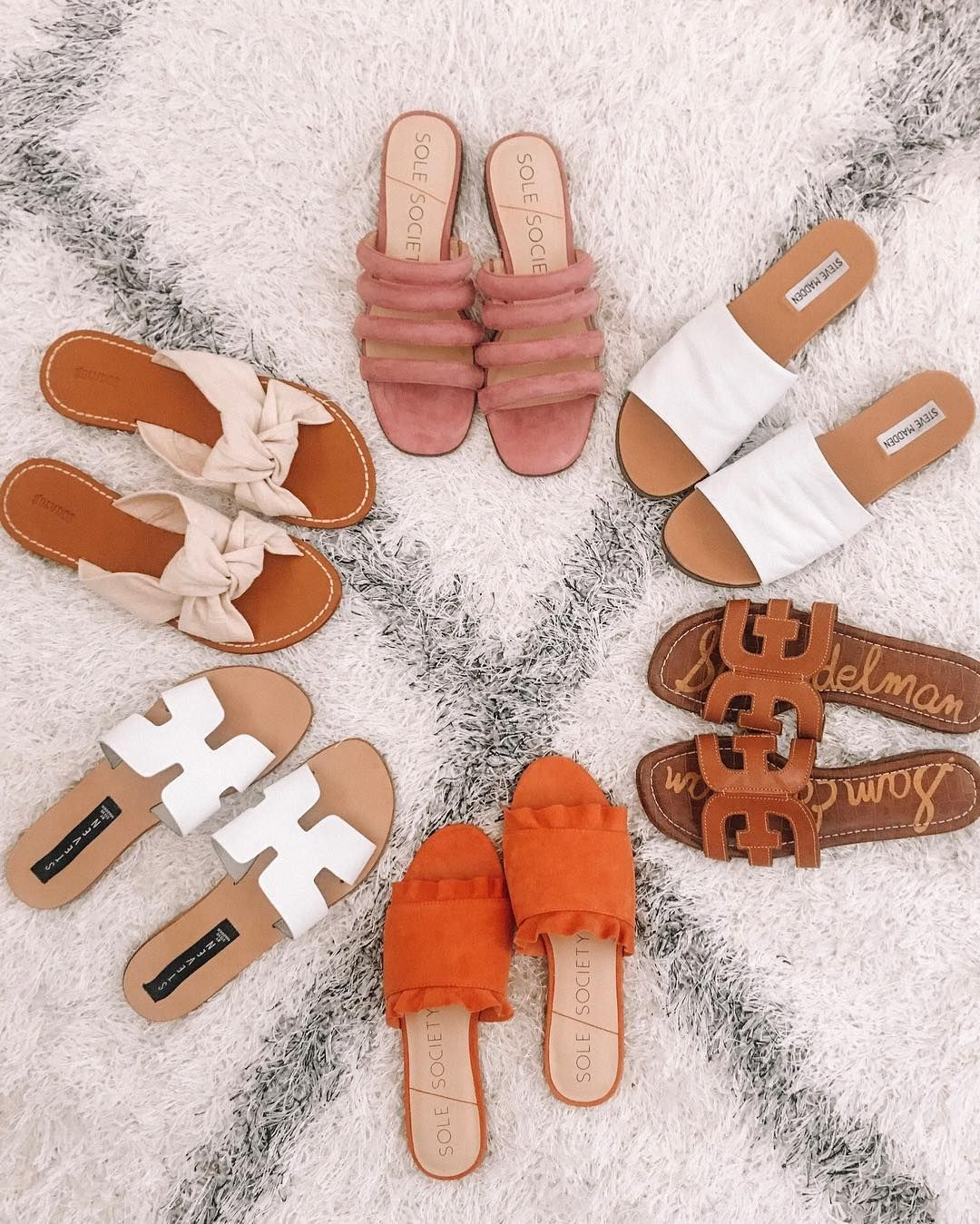 33 Awesome Sandals That're So Catchy & Stylish