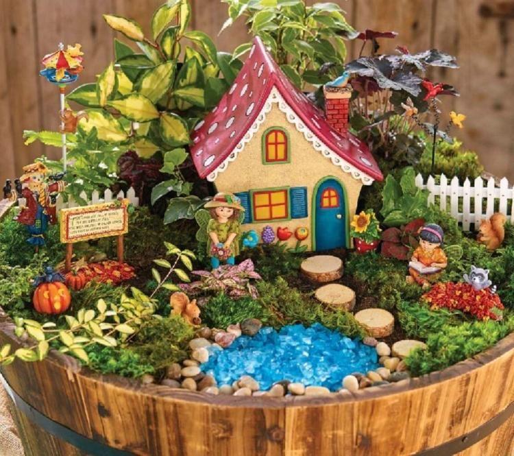 80 Incredibly Halloween Fairy Garden Decoration Ideas