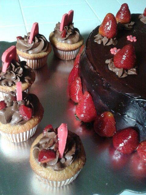 Full Strawberry and chocolate