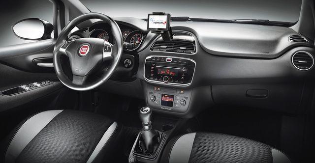 Fiat Punto Nel 2020 Auto Immagini Foto