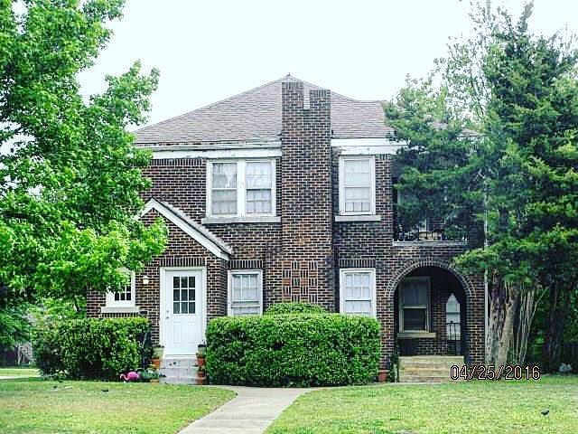 2433 NW 19th Street Listed by @sarahbytyqi  Multi-Family Investment in Crestwood. Located on the 19th Street Boulevard.  #multifamily #investment #newlisting #crestwood #urbancore #historic #verbode #okc #okcliving #okchomes #okcrealestate #okclifestyle