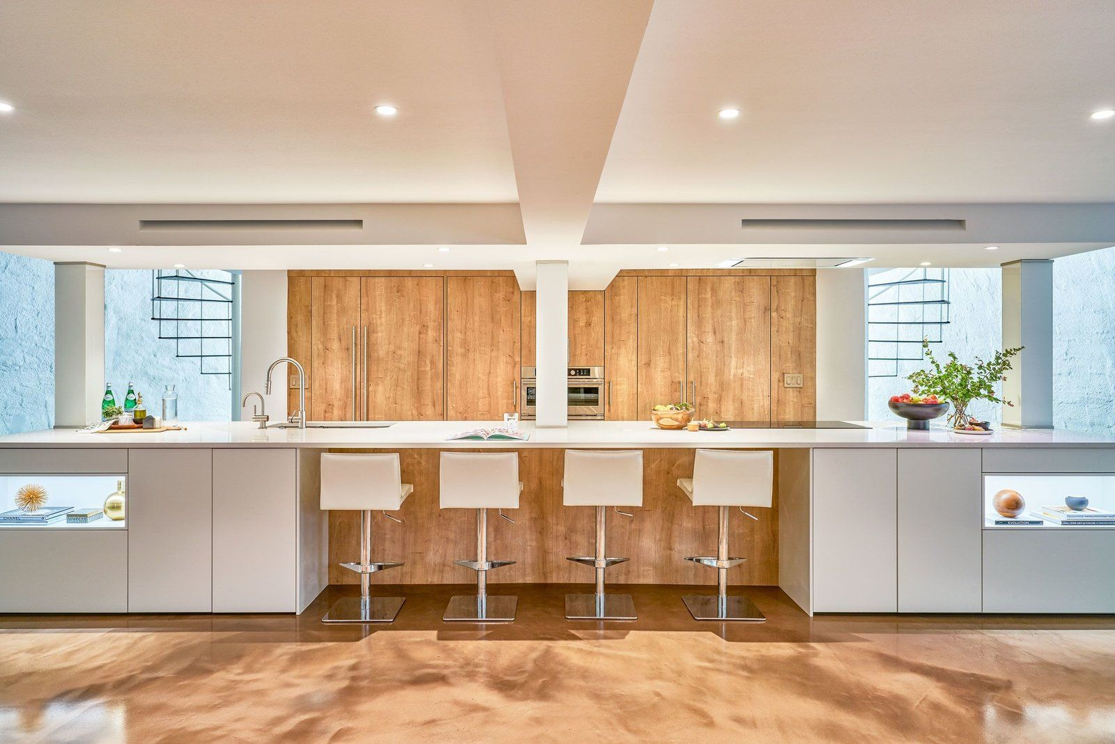 A Dome Shaped Austin Home Gets A Kitchen Worthy Of Its History In 2020 Austin Homes Modern Renovation Building Design