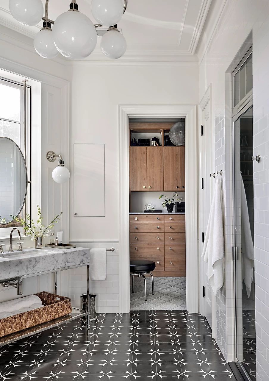 Turn Key Homes S O F T Homes Chicago In 2020 Simple Bathroom Renovation Bathrooms Remodel Home