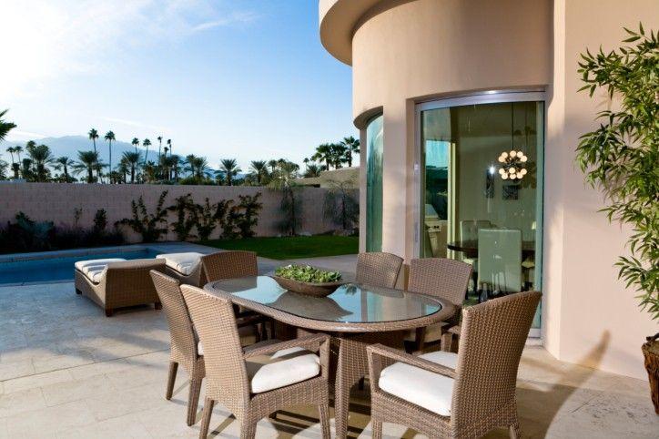 Grosse Terrasse Wickeln Rund Um Haus Und Garten Pool | 88 Outdoor ... Outdoor Patio Design Ideen