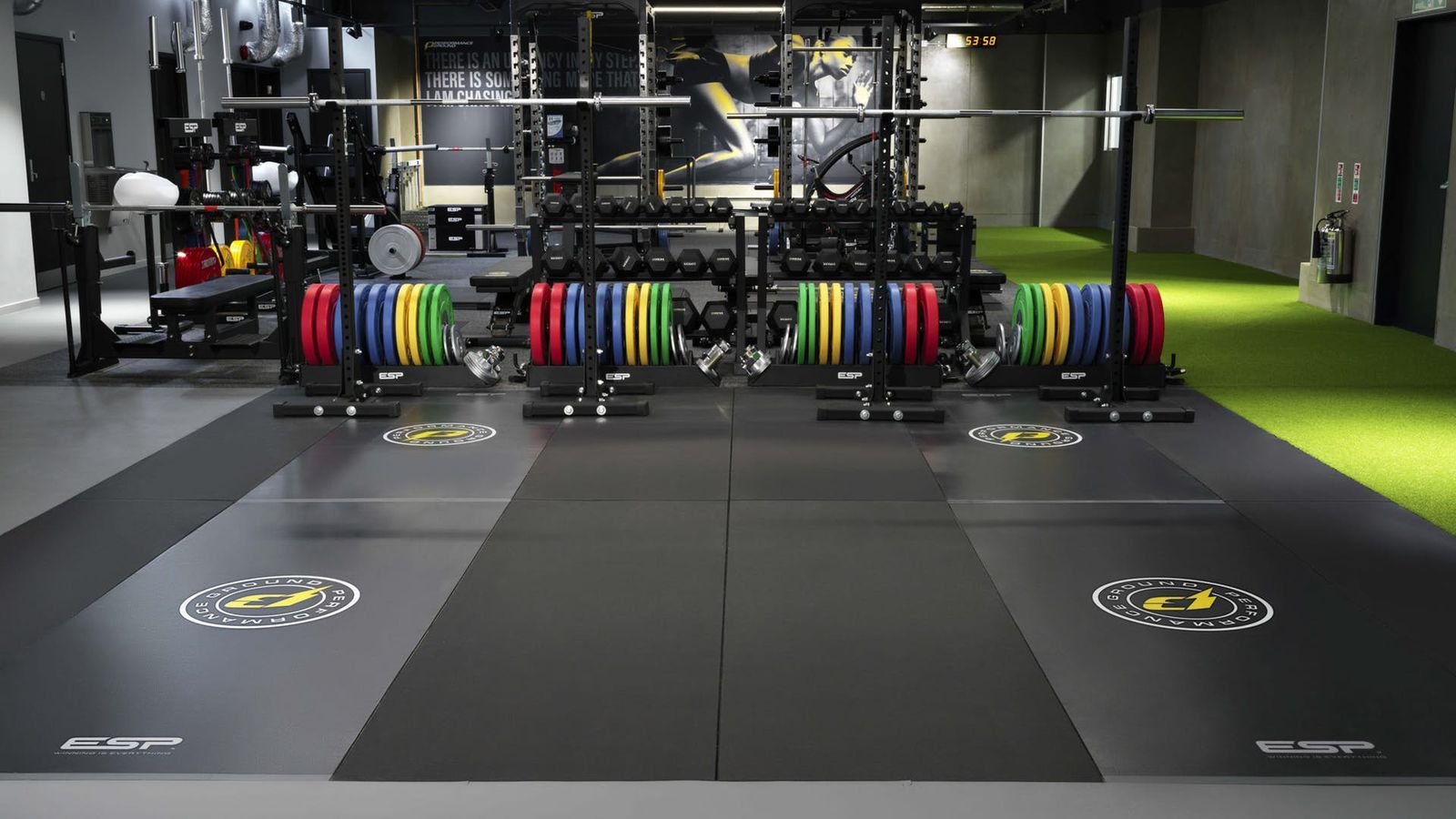 The 14 Best Gyms And Fitness Classes To Try In London Best Gym Fitness Design Gym Gym Interior
