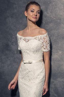 56f2696d3080 Svadobné šaty pre dámy s úzkymi ramenami a malými prsiami