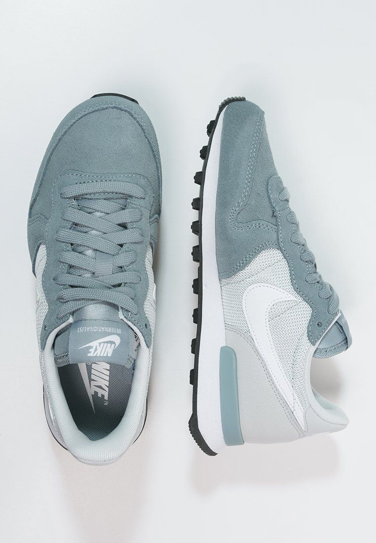 Nike wmns Internationalist (Dove Grey White Pure