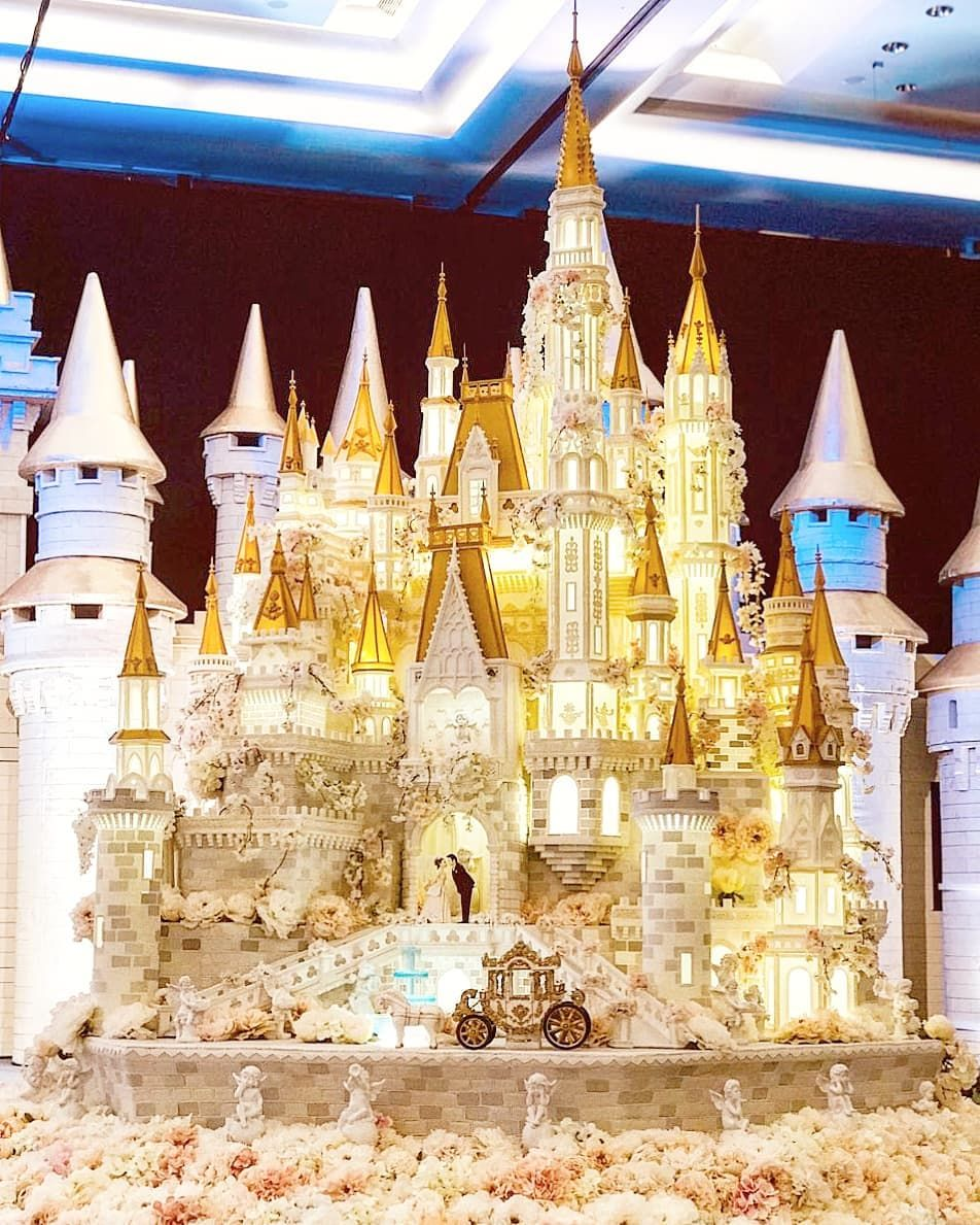 When your Castle Wedding Cake almost reach the ceiling