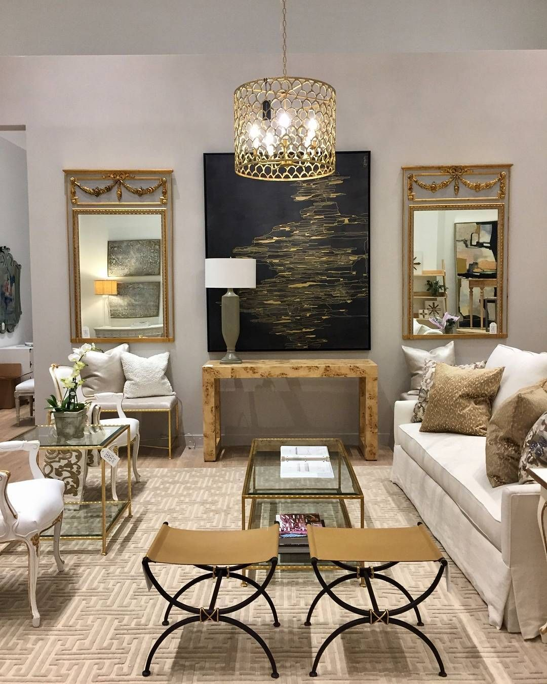 Ave Home Is At The Dallas Design Center In Codarus Showroom Specialty Furniture Company Based New Orleans And Revives Clic By